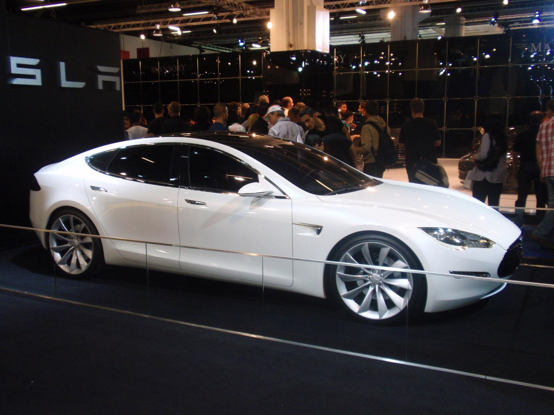 Design of tesla car - En21 Tesla Cars Evolution_05