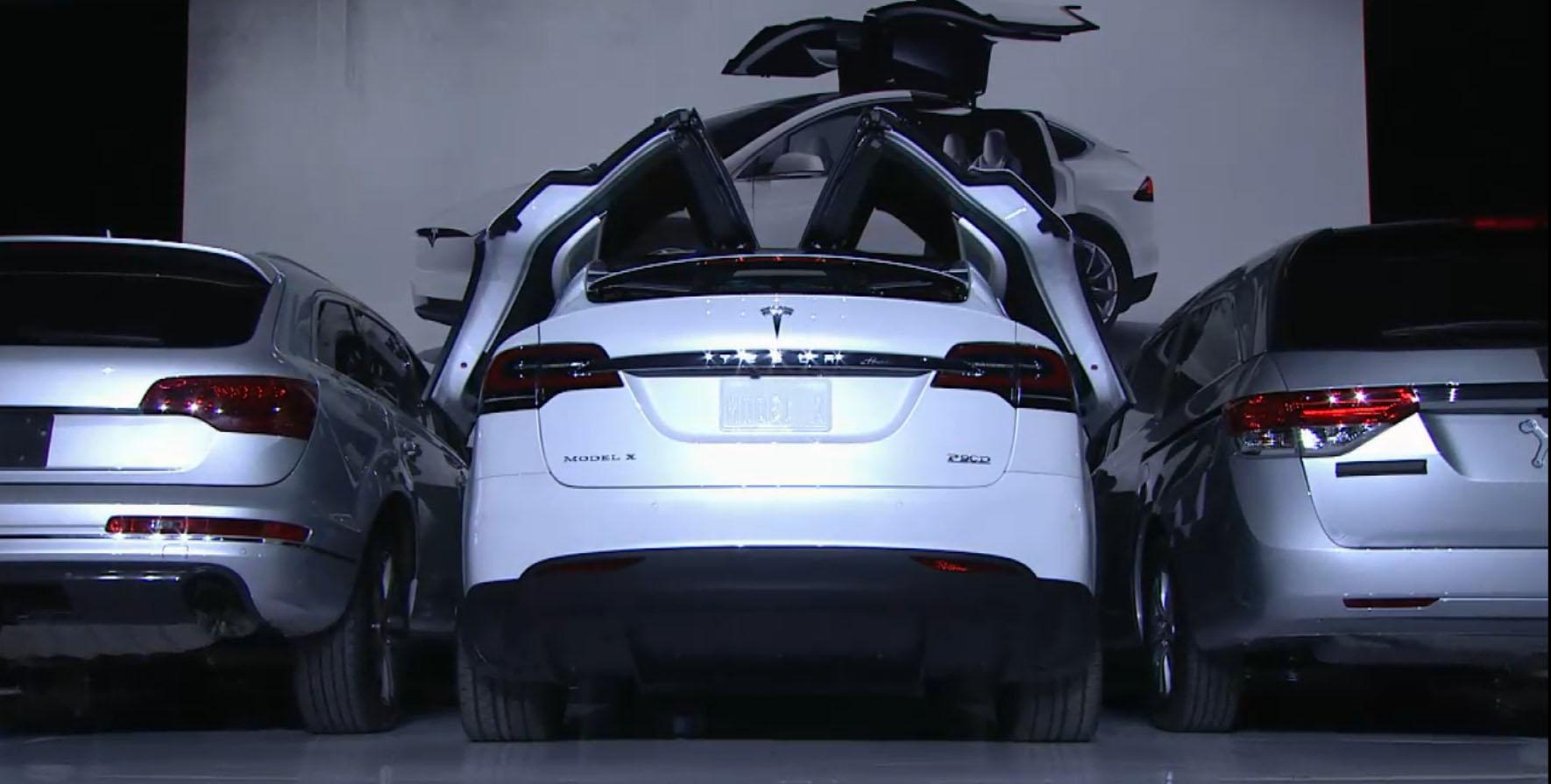 en21-tesla-cars-evolution_09
