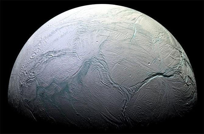 en53-moons-of-saturn-part-ii_2
