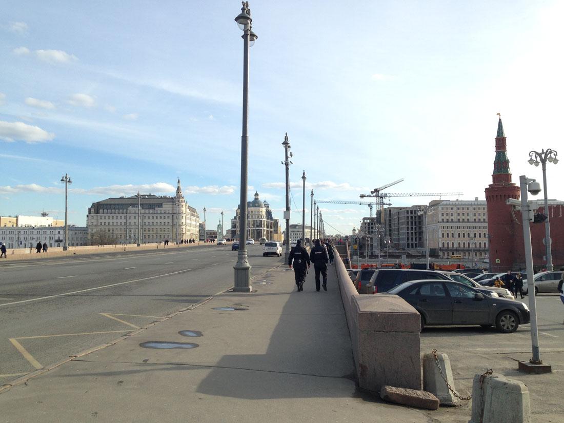 ru72-spontannyj-protest-vzgljad-snizu_19