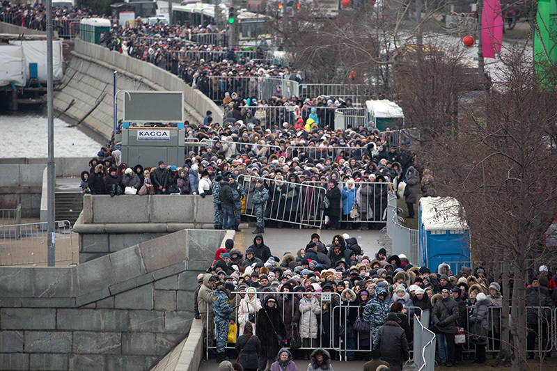 en76-russia-will-always-have-queues_16