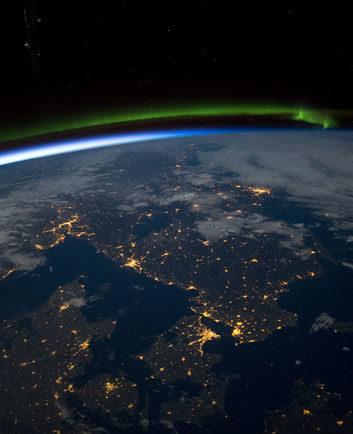 ua-c2-letymo-na-inshi-planety-i-doslidzhujemo-kosmos